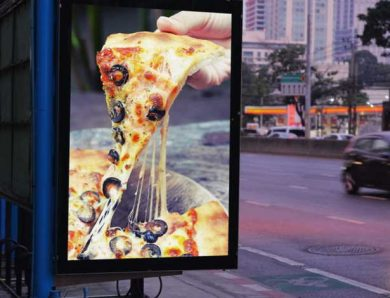 How many ads does the average American see in one day? The Right Answer